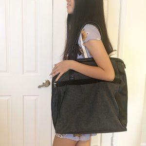 Lululemon oversized tote gym bag leather trim. EUC